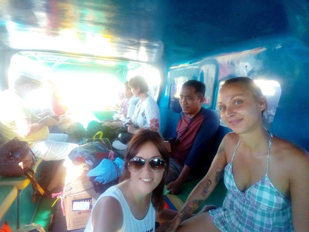 Fast boat camino de Wakai